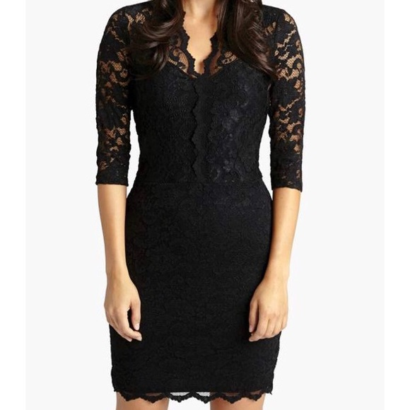 c537a4c3b3019 Karen Kane Dresses   Skirts - 👗Karen Kane V Neck Scalloped Hem Lace Dress